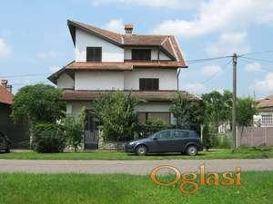 Ogromna Vila 350 m2  Zrenjanin -Ečka