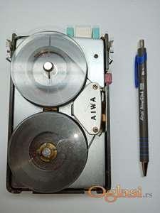 Prvi diktafon sa trakama AIVA