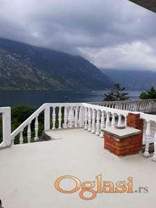 Prodaje se kuća u Stolivu, 100 metara od mora