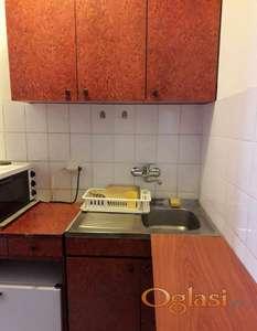 HITNO kuhinja, gornji trokrilni, donji dvokrilni i sudoper dvokrilni