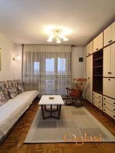 Izdajem lep, svetao, uredan, moderno i kompletno namešten stan