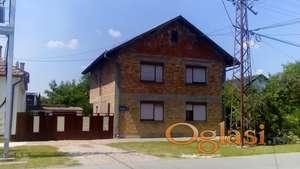 Kuća u Kovilju, 200m2, plus pomoćni objekti, dvorište i bašta