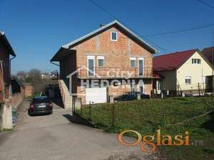Komforna troetažna kuća u Inđiji ID#7033