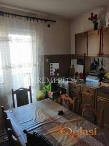 Dva stana u kući, Borča centar 1 (Uknjiženo) ID#1546