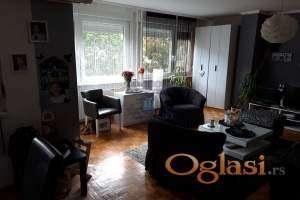 Trosoban porodican stan 021-662-0001
