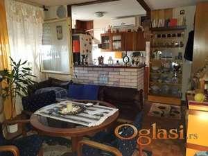 Odličan stan na Limanu 021/632-2111