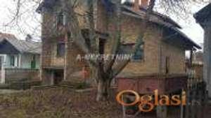 Nedovršena kuća, Bački Jarak-centar, 322m.kv. 57000eura