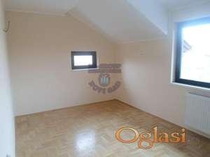 Nova kuca u lepom kraju Petrovaradina!