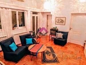 Senjak, Kvarnerska, 5.0 dupleks stan, podrum, dvorište ID#1226