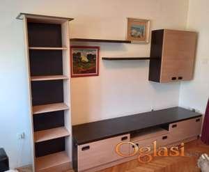 Komplet TV komoda, ormani za knjige i zidni ormanić