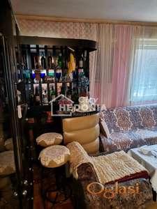 Prostran trosoban stan u Borči ID#6757