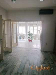 Unikatan, renoviran troiposoban salonac kod Skadarlije ID#7236