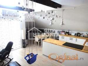 Atraktivan, noviji trosoban stan na Karaburmi ID#7008