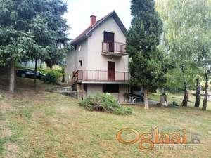 Odlična ponuda, kuća na Popovici u blizini Mošine vile