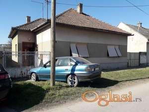 Prodajem kucu u Srbobranu