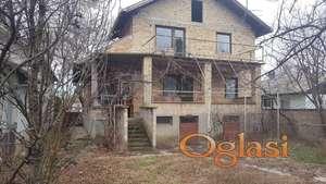 Nedovršena kuća, Bački Jarak-centar, 245m.kv. 51500eura