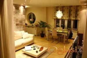 Luksuzan stan na Kosancicevom vencu