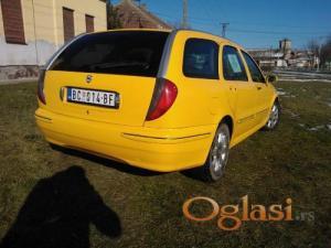 Novi Sad Lancia Lybra 2001