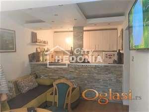 Atraktivan jednoiposoban stan na Bežanijskoj kosi 2 ID#6658