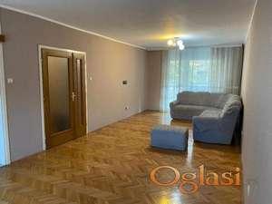 Trosoban stan na Vračaru- Sime Igumanova ID#1024