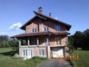 Kuća u selu Stamnica kod Petrovca na Mlavi