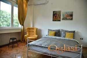 Apartman Korzo - apartman u centru
