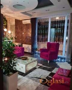 Lux namešten stan na traženoj lokaciji