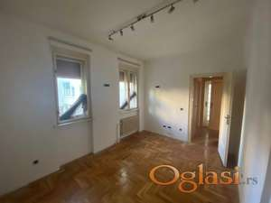 Četvorosoban salonac -108 m2 -Spens