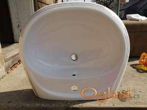 Beli umivaonik sa gradijentnim linijama