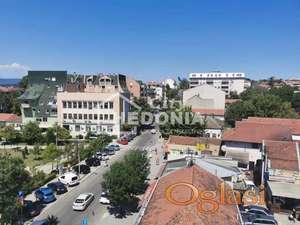 Raskošan trosoban stan u centru Mladenovca ID#6809