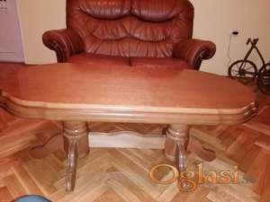 Na prodaju NOVI klub sto izradjen od punog drveta