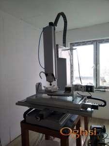 CNC masina sa 5 osa rotacije - potpuno nova, nikad koriscena