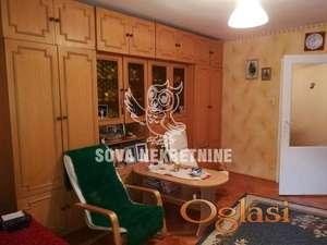 Dvosoban stan na prvom spratu u Teslinom Naselju ID#1172