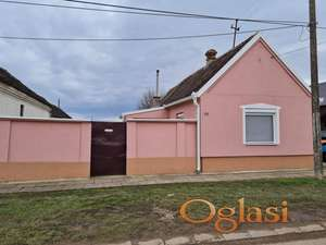 Renovirana kuća, useljiva bez dodatnog ulaganja.