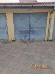 Garaža na Socijalnom!!