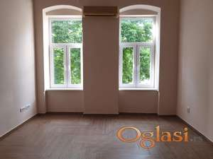 Izdaje se renoviran 2.0 stan u centru Panceva