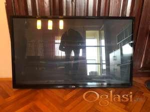 PLAZMA TV LG 50 inča 127 cm