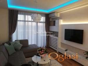 Izdavanje  luksuznog stana u Beogradu na vodi- Lux stan sa garažom