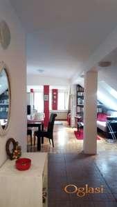 Prodajem dvosoban stan u mirnom delu Beograda u blizini Botaničke bašte