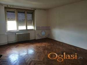 Odlično održavan stan na mirnoj lokaciji!