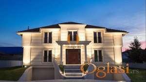 Prodajemo luksuzan poslovni/stambeni objekat u Zemunu