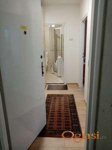 Iznajmljujem tek renoviran, kompletno opremljen stan - vlasnik