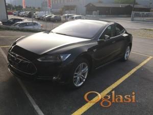 Tesla Model S 85 Performance