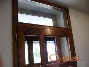 Ulazna vrata drvena sa izopan staklom 110/260 cm.