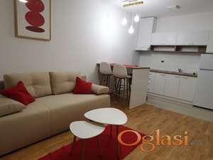 Dvosoban stan u Branka Bajica, minimalni troskovi!