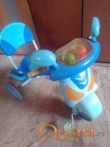 deciji bicikl,sa tri tocka