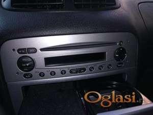 CD radio za Alfu 147