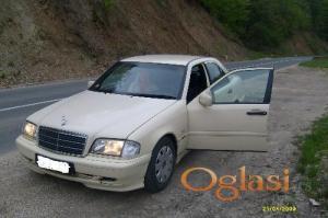 Kruševac Mercedes Benz 220 1998