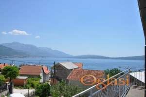 Prodaje se dvospratna kuća u Herceg Novom (Bijela), sa pogledom na more i Porto Montenegro.