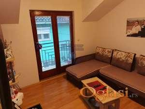 Cetvorosoban stan u kuci na Petrovaradinu!!!021/662-0001